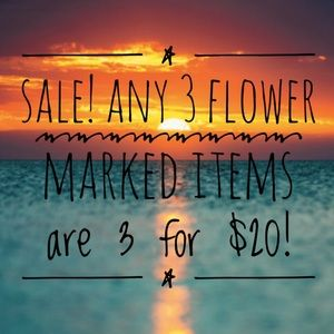 🌺 SALE! 3 for $20 all items with 🌺
